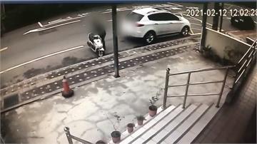 為停車竟將他人機車移到紅線上 民眾痛批沒公德心
