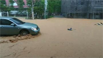 強降雨襲南投多處淹水!42溪流達黃色警戒恐有土石流