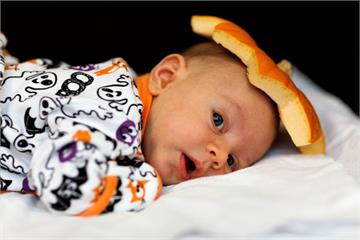 家長們注意!3種錯誤睡法增加寶寶猝死風險