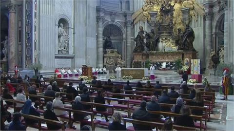 法國新增6.6萬確診 教宗呼籲助貧困者打疫苗