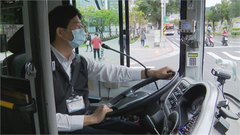 防公車轉彎撞人!業者要求駕駛「2步驟」雙重確認