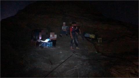 快新聞/瑞芳象鼻岩1釣客遇漲潮遭浪捲落溺斃 6人一度受困礁岩