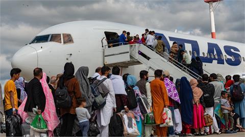 塔利班竟宣稱「保護」機場周邊安全 原因是:受IS伊斯蘭組織威脅