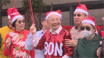 高齡88歲「藝術老頑童」!黃炳松自認「稚齡」充滿創作活力