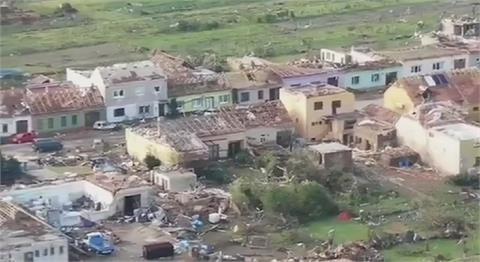 捷克遭超強龍捲風橫掃 5死150傷