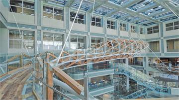 連結人與自然、科學與藝術 博物館之橋正式揭幕