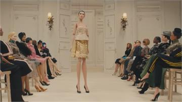 義大利Moschino新裝線上發表「木偶」模特兒展示最新春裝