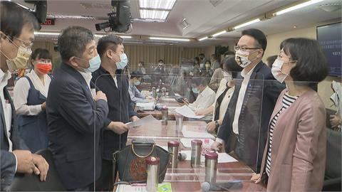 傳民進黨內部徵詢陳時中扮刺客選桃園 林佳龍選台北市