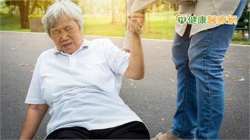 長日照機構住民 骨鬆及骨折高危險群