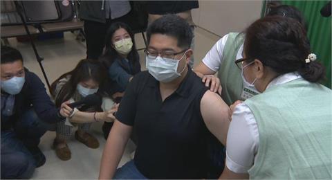 武漢肺炎病毒「變種」不會停止?台大醫:可能每年都要打不同疫苗!
