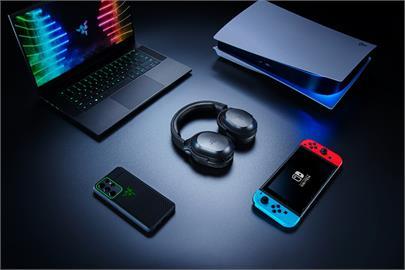 電競神物!RAZER BARRACUDA X 跨平台無線遊戲耳機,支援四合一無線USB-C 連線