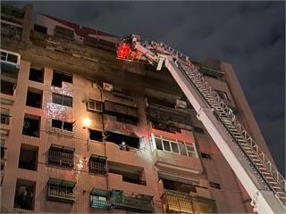快新聞/嘉義市大樓氣爆竄火舌 1名男性全身多處燒燙傷緊急送醫