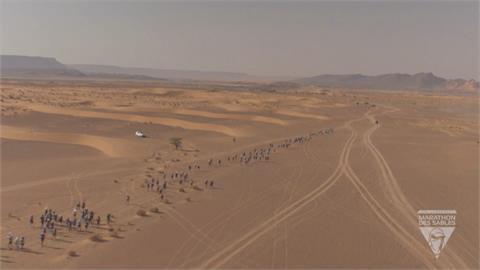 撒哈拉沙漠超馬第四站 摩洛哥7冠好手與弟相爭