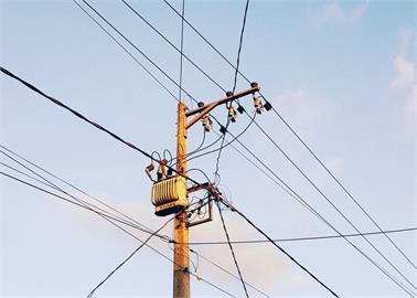 中國東北對居民限電 電力公司稱電網有崩潰危險