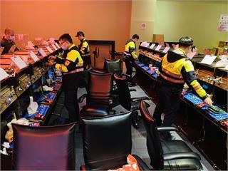 快新聞/桃園父賭光家產遭兒檢舉 警破獲賭博電玩竟藏身台茂購物中心