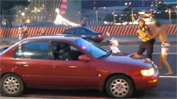 誇張!男子精神不濟就開車狂按喇叭 員警關心竟還襲警 被逮秒變俗辣