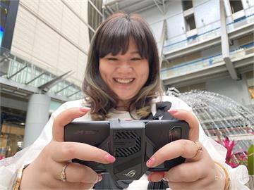 3C/為贏而生!集電力 效能 音效與強大螢幕規格的 ROG Phone 5 電競遊戲手機 開箱