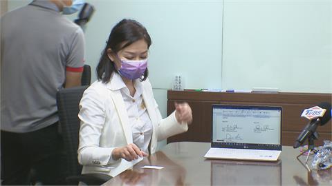 名媛厲馥華控萬海集團總裁偽造文書 出庭稱:逼我當女朋友