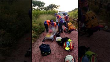 男童失足跌入池塘 母跳水救子不幸溺斃
