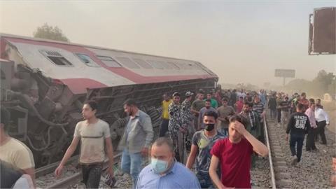 埃及火車嚴重出軌 造成11死98傷