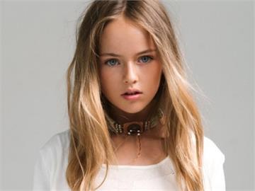 「俄羅斯最美童模」15歲了 真人芭比顏值網驚艷嘆:從小美到大!