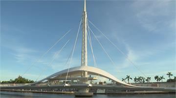 怕撞壞「會旋轉的大港橋」 高雄港第三船渠暫時禁航船隻