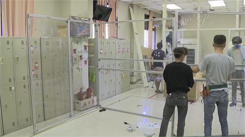 快新聞/負壓隔離艙組裝畫面曝 新光醫院急診科主任:在內急救插管安全性更高
