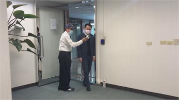 疫情升溫 民進黨中央規定進門需量2次體溫