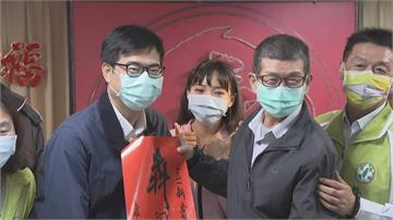 陳其邁、黃捷同框出席活動 用市政反擊罷免