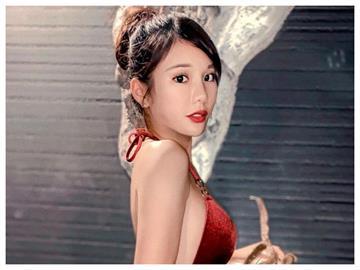 啦啦隊女神賣2手衣送福利穿「紅衣小可愛」 電翻粉絲:辣玫瑰!