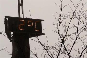 快新聞/台北大屯山再現雪景? 林嘉愷曝「一關鍵」:下雪機率不高但可能結霜