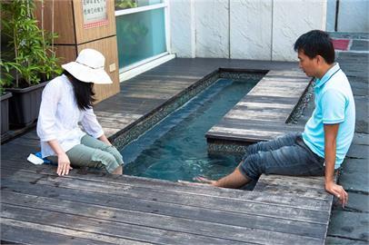 快新聞/疫情升溫!  烏來遊客中心泡腳池、猴硐烘砂室明起暫時關閉