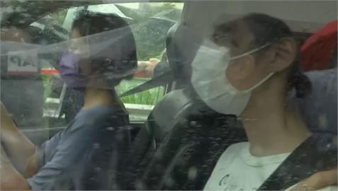 快新聞/前香港眾志成員周庭今刑滿出獄 支持者高喊「加油」