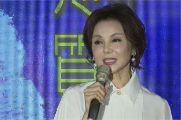 快新聞/曾與「跳舞群組」朋友接觸 64歲女星謝玲玲確診武漢肺炎