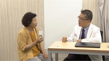 吞嚥功能差!「吸入性肺炎」成老人家通病 醫師籲進食要小心