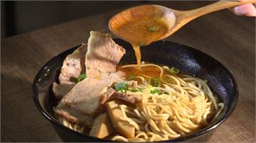 12公斤鮮蝦熬湯底 濃厚蝦湯麵滿口海味