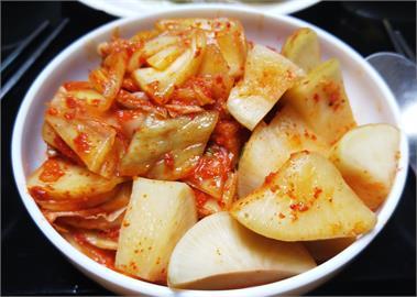 別再叫泡菜了!「中韓打對台」韓國Kimchi中文正名「辛奇」