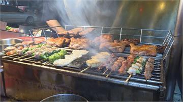 中華路夜市烤肉老攤超夯 炭火直烤美味多汁