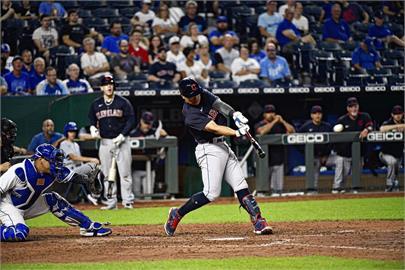 MLB/張育成賽季最終戰開砲 單季9轟推高台灣選手紀錄
