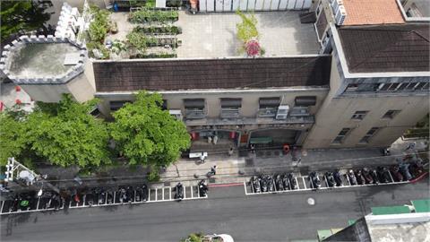 活動中心樓上就是幼兒園!中和篩檢站地點引居民恐慌