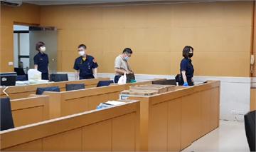 快新聞/涉嫌收賄500萬元助集團掩飾不法詐貸 前調查官等3人遭聲押