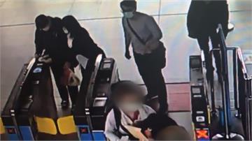 兩樣情!英國情侶疑因躲避媒體倉促離台 德國旅客同時出關讚台灣檢疫