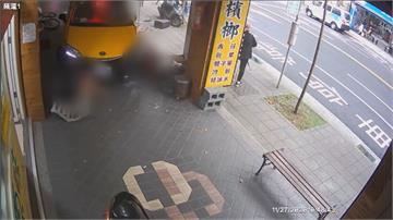計程車司機閃自行車撞騎樓 受傷老翁:他闖紅燈