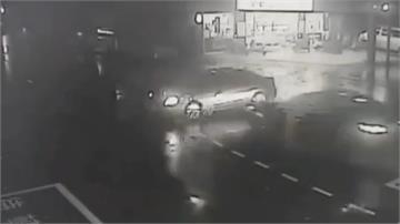 男子酒後上路攔腰撞對向車 驚險瞬間全都錄!