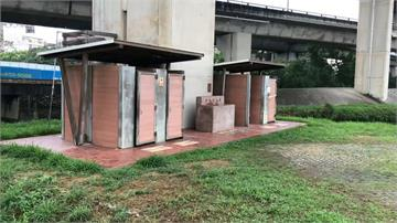 上公廁遭門夾斷中指 搬運工獲國賠75萬元