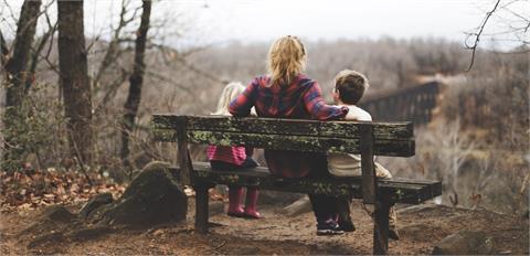 法律/未婚生下的孩子該如何認定?監護權又該歸給誰?