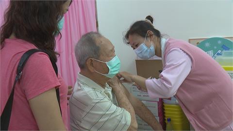 15日高87歲以上長者疫苗開打  專家:建議慢性病患接種