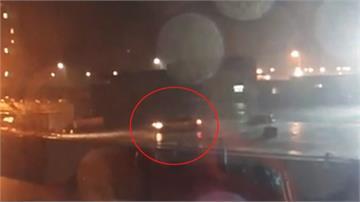 疑雨天視線差 計程車墜台中港碼頭4死1傷