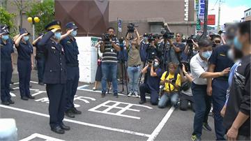 快新聞/楊警完成器捐車隊護送返分局 同仁列隊齊高喊3次「庭豪任務結束 一路好走!」