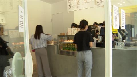 星巴克20年老店接班人 網紅咖啡店不畏疫情進駐